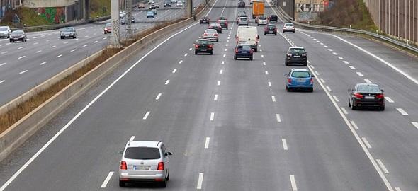 dálnice, bezpečný rozestup
